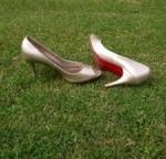 shoes-redsoles-200x144