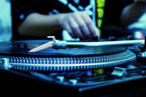 DJ Marshmello vs L'Oreal
